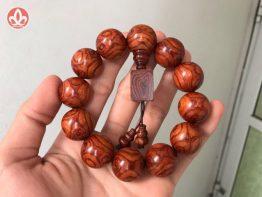 Vòng tay trầm hương thiên nhiên 108 hạt